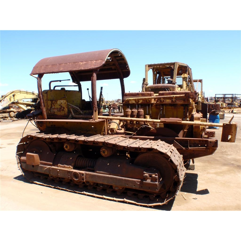 1950 CATERPILLAR D8 2U11702 | Tilly's Crawler Parts
