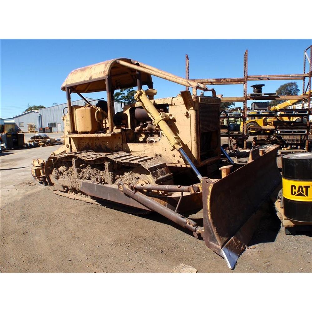 1969 KOMATSU D85A-12 11565 | Tilly's Crawler Parts